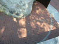 Alternating brick patterns define golden rectangles based on phi, the golden proportion